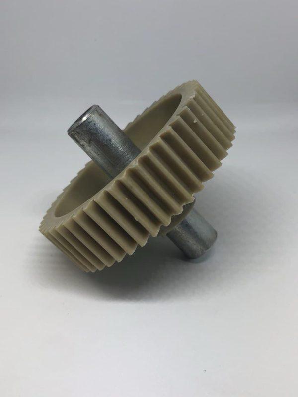 Шестеренка мясорубки Moulinex шнековая D82mm прям. зуб, шток 72mm D16 внутри 8mm