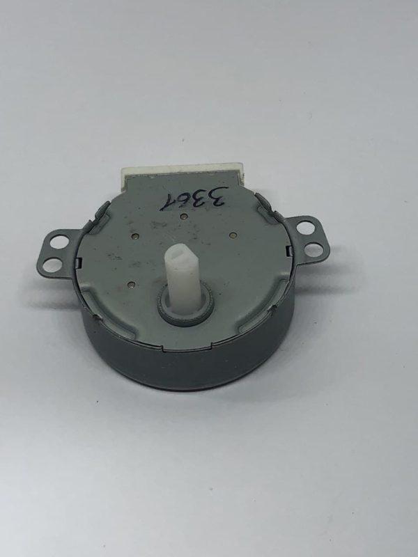 Мотор вращения тарелки СВЧ печи 21V, 3,5/4W, 4/5 r/min шток d7mm срез 6mm h14mm